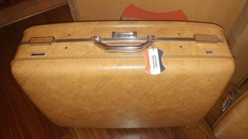 2 Vintage TOURISTER ESCORT Shell LUGGAGE his her