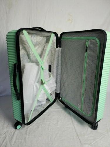New Basette Mint GreenLuggage Suitcase Spinner
